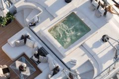 05a-sundeck-jacuzzi-aerial-view-1024x766