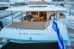 High-Jinks-II-catamarano-noleggio-grecia-02-1024x575