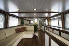 emerald-yacht-for-charter-12