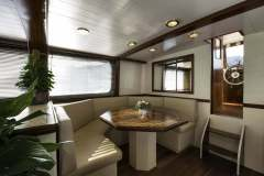emerald-yacht-for-charter-13