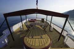 emerald-yacht-for-charter-4