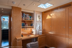 sailing-yacht-cnb-for-charter-forzatre-11