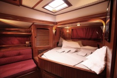 morgane-sailing-yacht-for-charter-forzatre-9