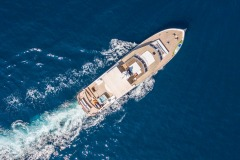 nafisa-yacht-for-charter-admiral-naples-1