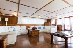 nafisa-yacht-for-charter-admiral-naples-13