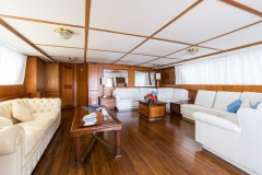 nafisa-yacht-for-charter-admiral-naples-14