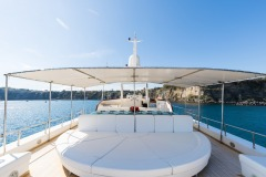 nafisa-yacht-for-charter-admiral-naples-6