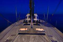 sailing-yacht-tess-for-charter-10