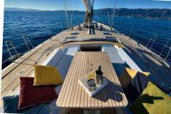 sailing-yacht-tess-for-charter-11