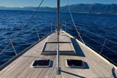 sailing-yacht-tess-for-charter-8