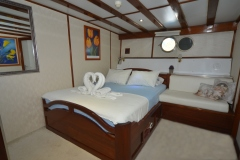 white-swan-port-double-cabin-view