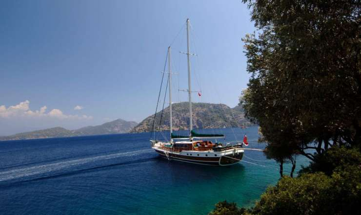 Early booking discount: charter a gulet for summer 2020
