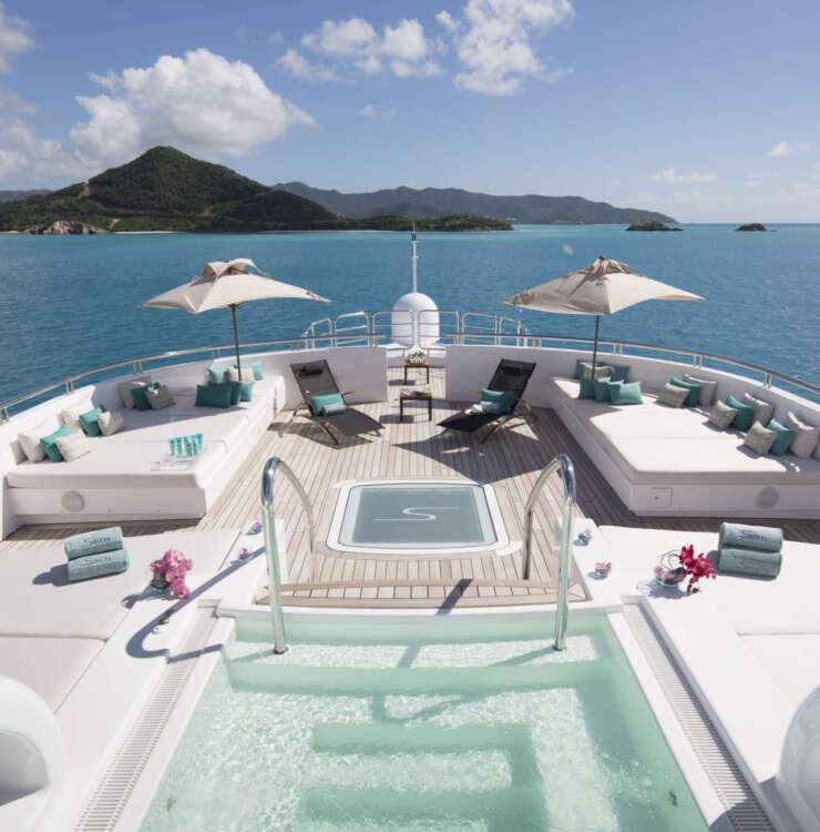 Superyacht Charter: some rules onboard